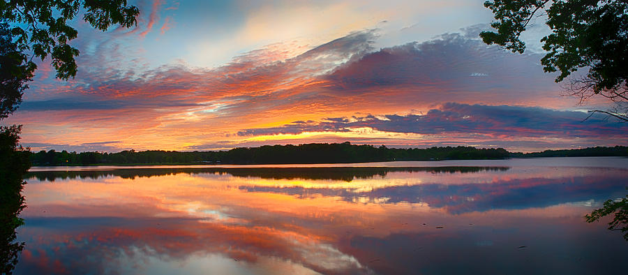 panoramic-sunrise-reflections-dan-holland